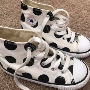 Girls polka-dot converse shoes